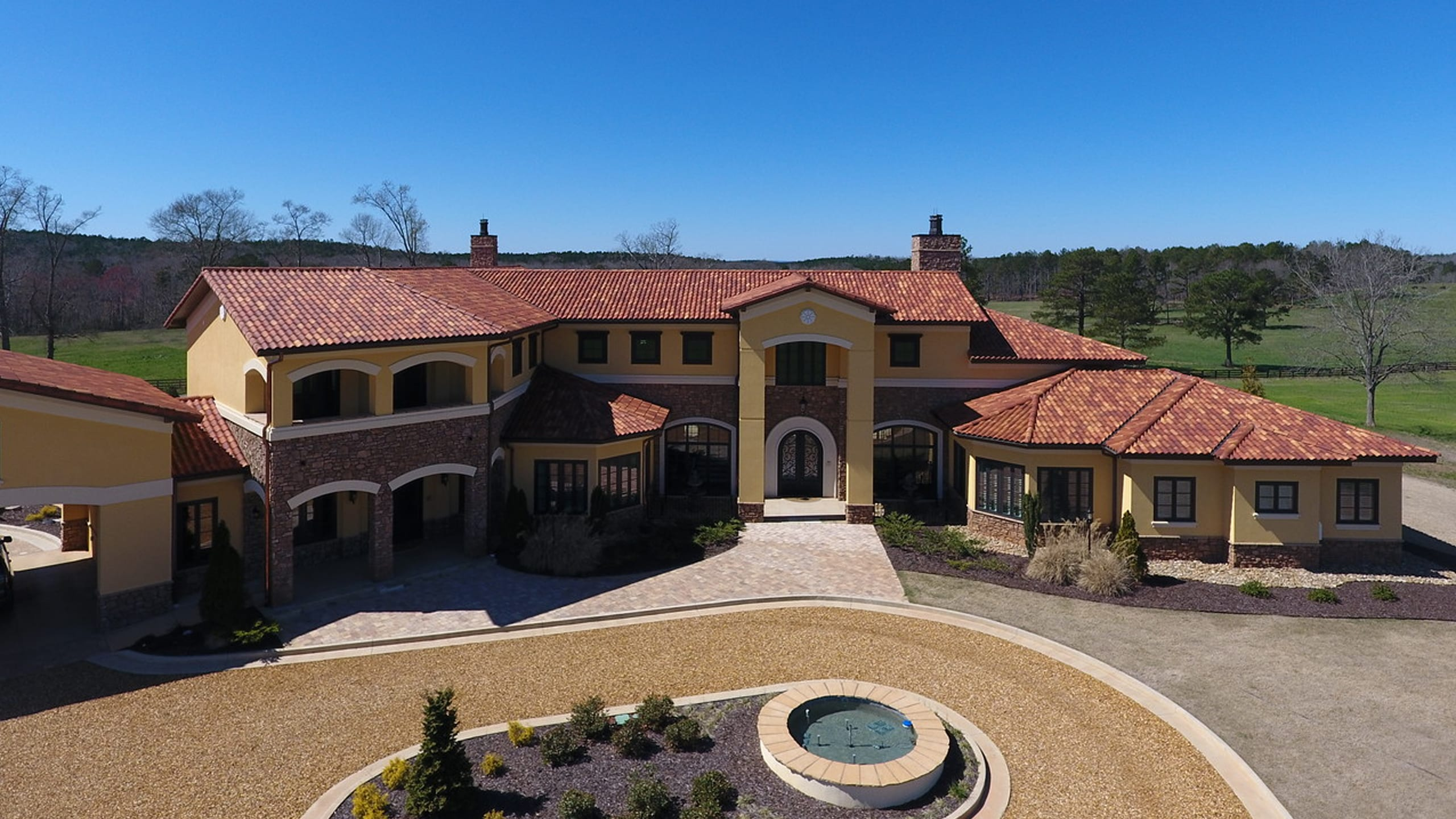 Private Residence - Newman Ludowici Roof Tile